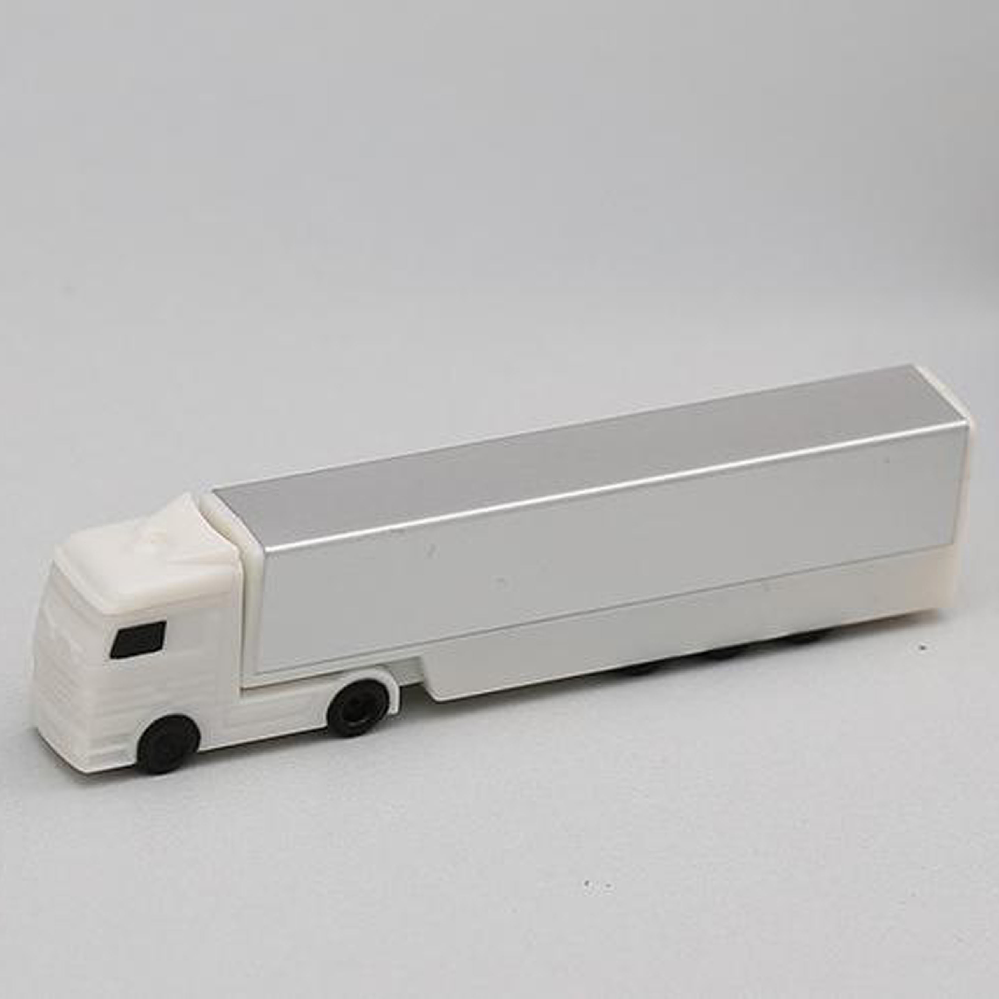 Plastic Truck Shape USB flash drive